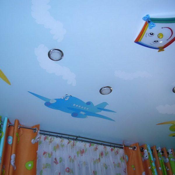 Натяжной потолок в детской стоимость от производителя Ремонтофф. Натяжные потолки в Томске под ключ.
