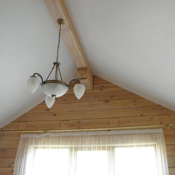 Натяжные потолки в коттедже стоимость от производителя Ремонтофф. Натяжные потолки в Томске под ключ.