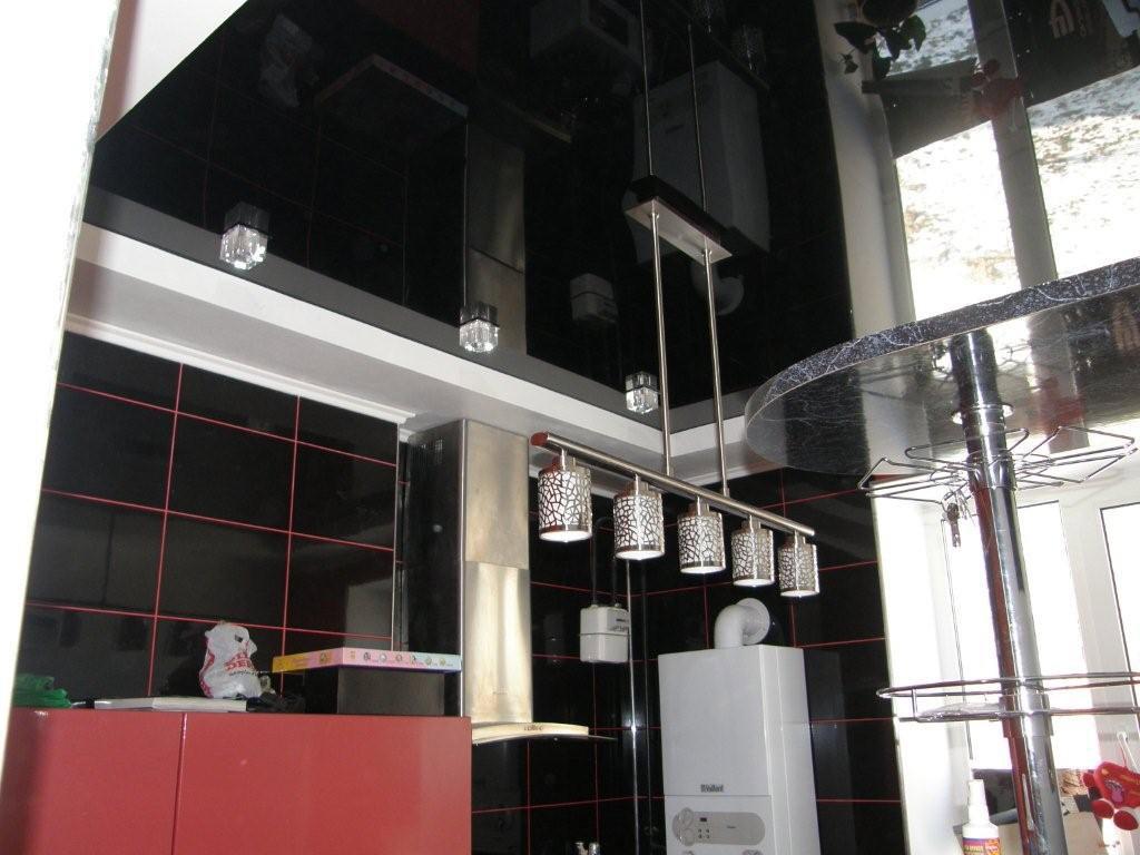 Натяжные потолки на кухне стоимость от производителя Ремонтофф. Натяжные потолки в Ульяновске под ключ.