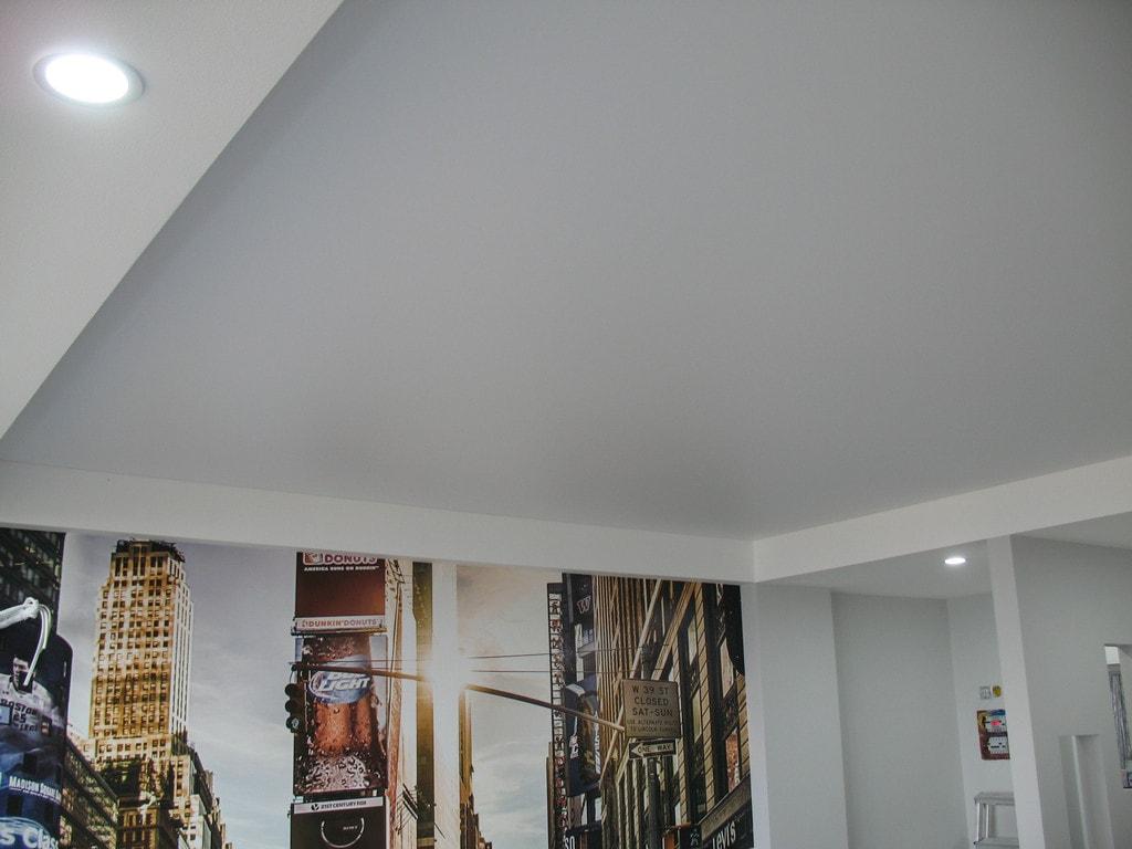 Матовые натяжные потолки от производителя Ремонтофф. Натяжные потолки в Ульяновске под ключ.