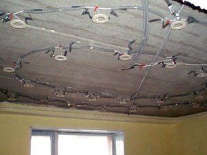 Установка натяжных потолков Ульяновск, монтаж натяжных потолков любой сложности. Профессиональные услуги по установке натяжных потолков, гарантия 10 лет.