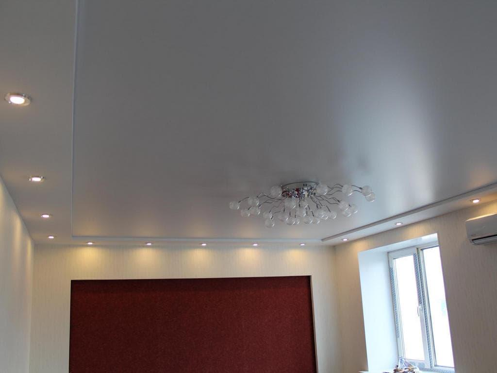 Натяжной потолок сатин от производителя Ремонтофф. Натяжные потолки в Ульяновске под ключ.