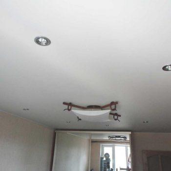 Натяжные потолки для спальни фото, компания Ремонтофф. Натяжные потолки в Томске под ключ.