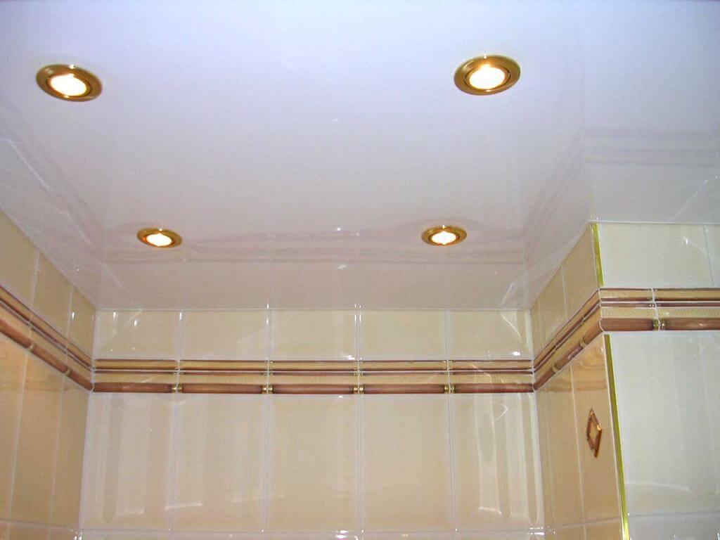 Натяжной потолок в ванной стоимость от производителя Ремонтофф. Натяжные потолки в Ульяновске под ключ.